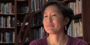 Sophia Yin veterinaria especialista en comportamiento animal.