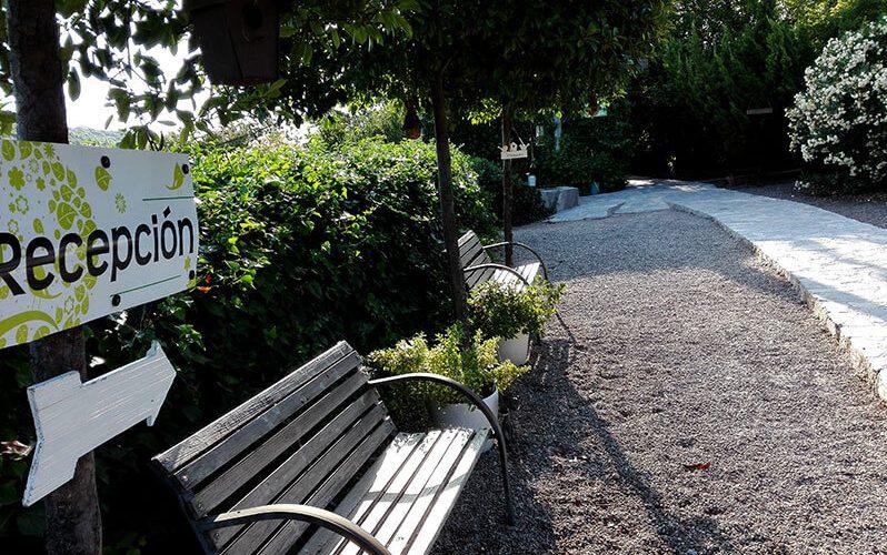 Zona de acceso a Peludos Residencia Canina y Felina